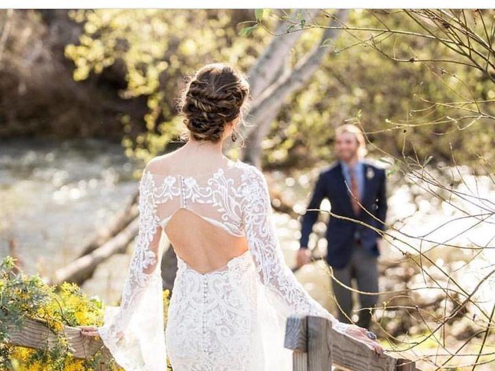 Tmx 1516238570 42aaf934ab470d8b 1516238569 2dead64659c3fd9a 1516238570352 4 23244501 150559459 Dyer, Illinois wedding beauty