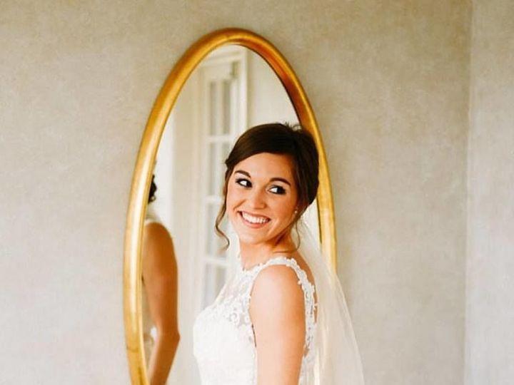 Tmx 1516238570 4f0f031d2a18dba0 1516238569 91b965bcfb4e3661 1516238570353 5 23376397 151316200 Dyer, Illinois wedding beauty