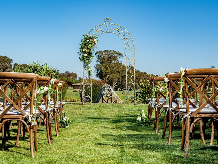 Tmx Ceremony Arch 51 1064857 1566953850 San Mateo, CA wedding venue