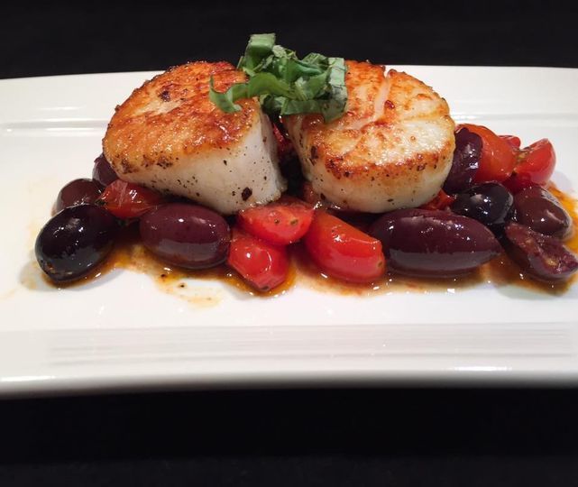 sear sea scallops tomato basil and kalamata olives