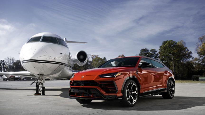 Lamborghini suv rental