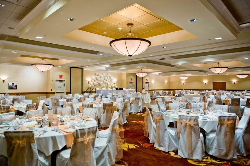 800x800 1420553620085 Grand Ballroom Wedding