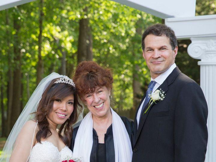 Tmx 1525292690 887cbe893cae1600 1525292688 116e41bcee39e384 1525292686174 5 Linda 3 Carrboro, North Carolina wedding officiant