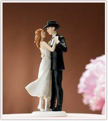 A cake topper for true romance - country style!