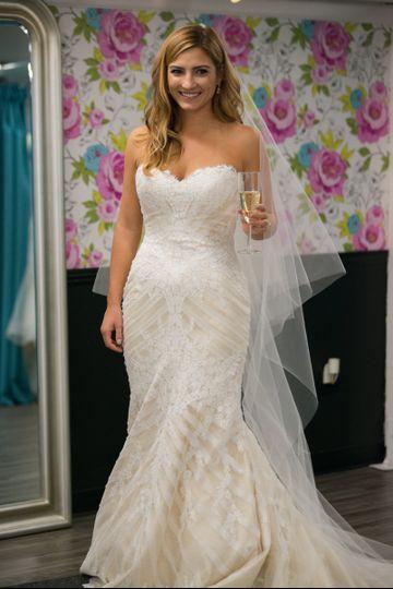 Second summer bride sacramento dress attire for Wedding dress shops in sacramento