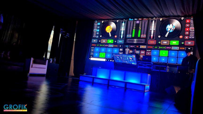 YPO dance floor & djconsole