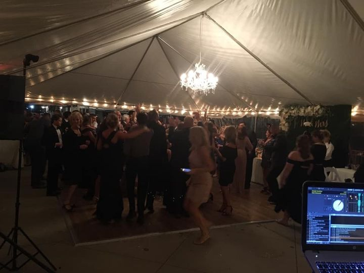 Tmx 43586953 2139636369414119 5026121165303709696 N 51 1065957 1557848172 New York, NY wedding dj