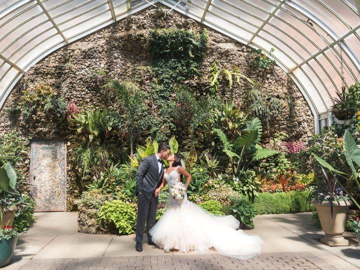 Tmx Meghan Dan 1 1 51 695957 V1 Plymouth, MI wedding florist