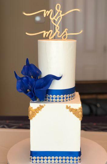 Royal Blue&Gold Cake