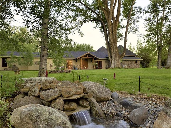 Tmx Chateau Image 2 51 416957 159304023197082 Bozeman, MT wedding venue