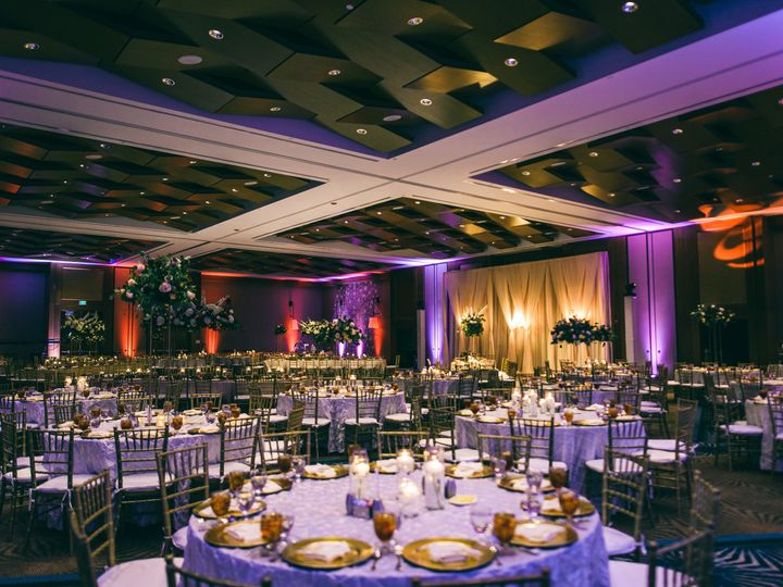 Tmx 1536261450 Ed552e3a0cd43c44 1536261446 7b7057f6b1c7f94e 1536261442809 1 Parikh 1962 Raleigh wedding venue