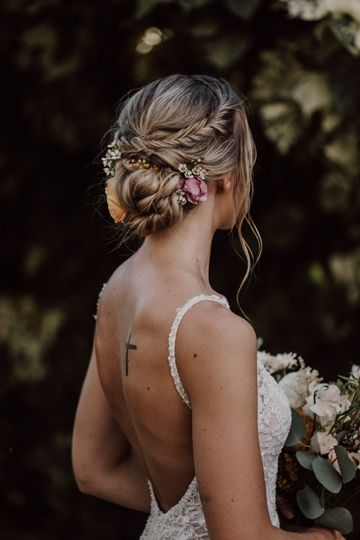 Oahu bridal hair makeup