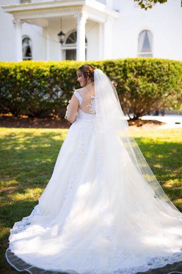 Bride in front yard