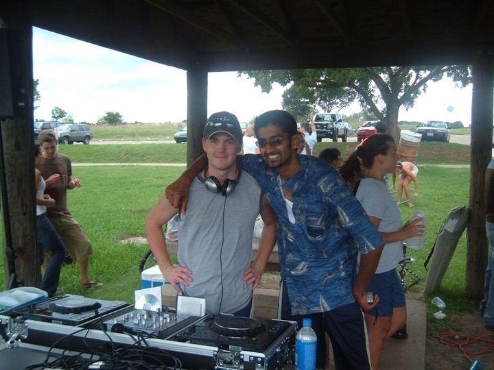 Lake Party DJ decks