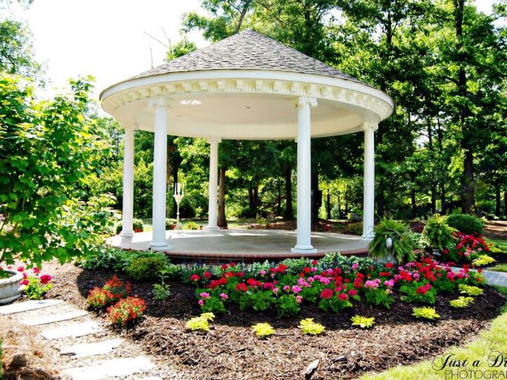 Tmx Sara12 51 61067 Mount Pleasant, NC wedding venue