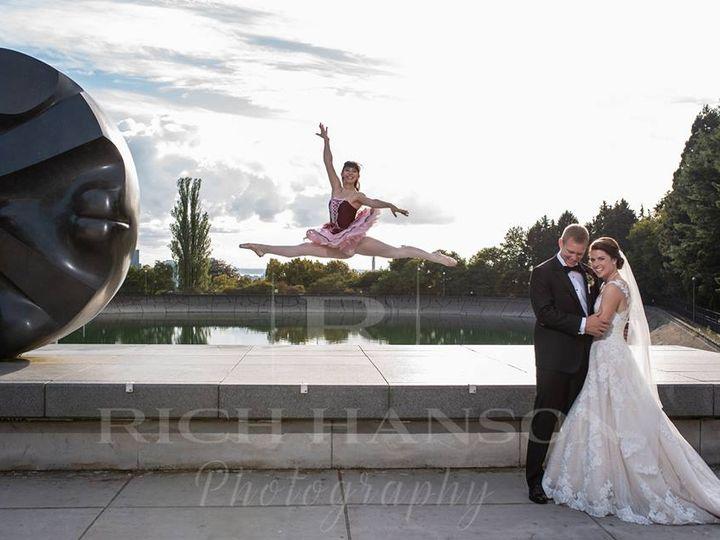 Tmx 41394992 876151825926814 1364157595476033536 N 51 1043067 Seattle, WA wedding photography