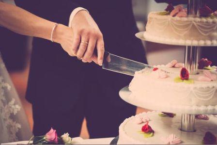 Tmx Screen Shot 2019 03 29 At 4 28 26 Pm 51 1036067 Fairfield, IA wedding planner