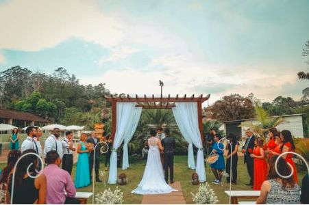 Tmx Screen Shot 2019 03 29 At 4 28 49 Pm 51 1036067 Fairfield, IA wedding planner