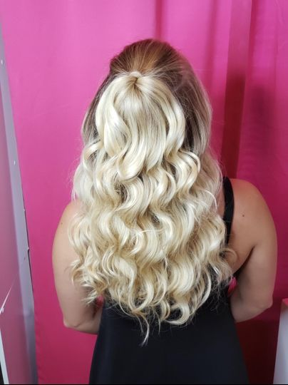 Half up glam waves