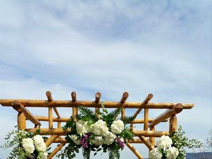Tmx 1437671207620 1106374541807065837272690858555357950670n Newburgh, NY wedding florist