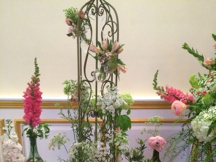 Tmx 1437671264801 1509439102017450894108721896256879o 1 Newburgh, NY wedding florist