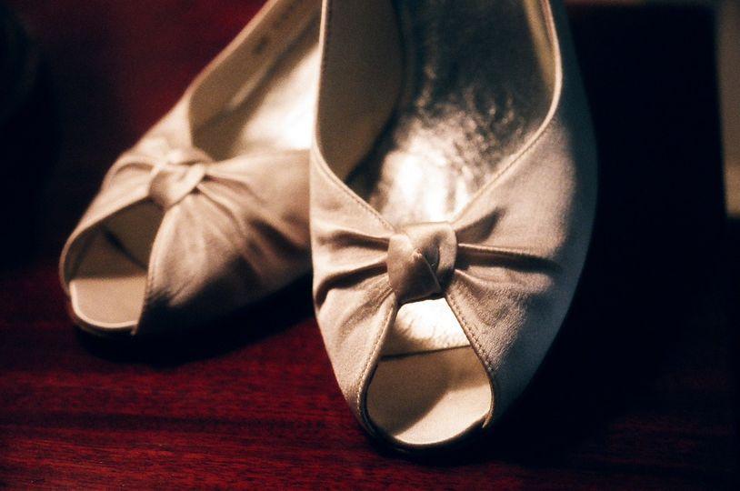 Bride's shoes | www.tanjalippert.com