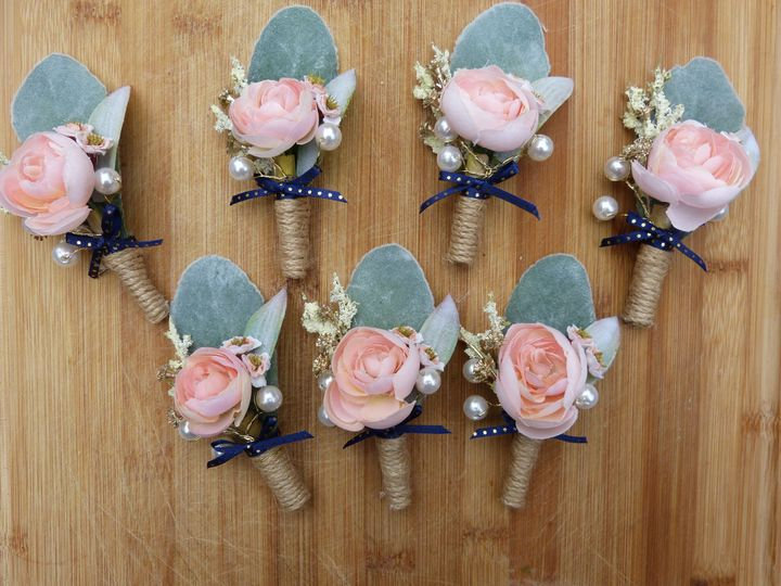 Boutonniere Samples