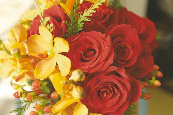 Warm tones for the bouquet