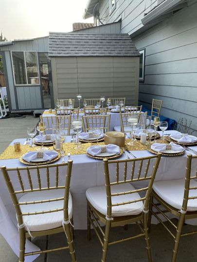 Chairs, tables and linens