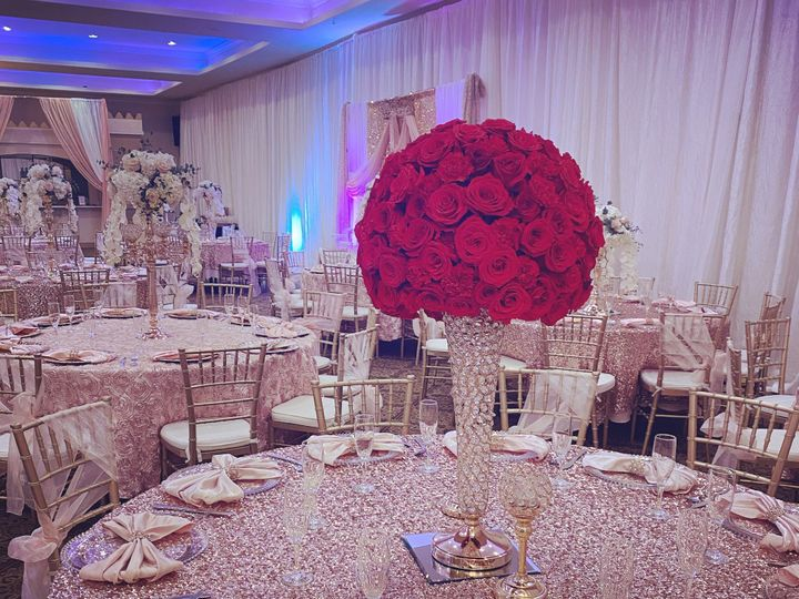 Tmx Red Center Piece 51 1271167 158993000322384 San Jose, CA wedding catering