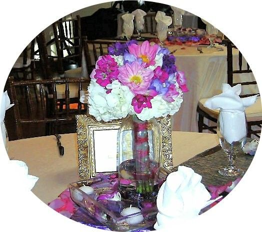 marins maid of honor table