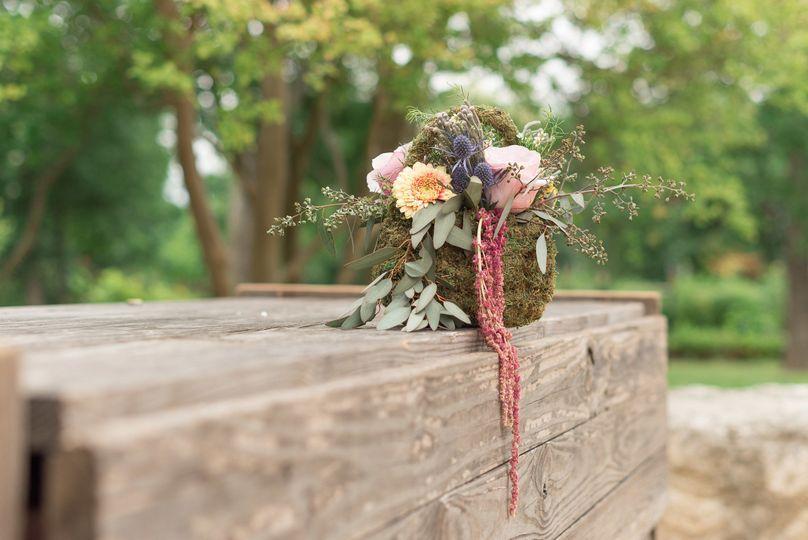 Floral vintage arrangement