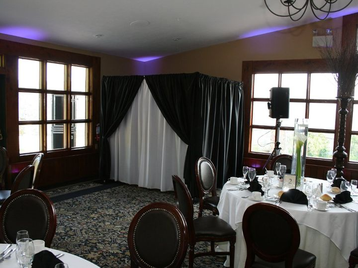 Tmx 1353552989499 Enclosedbooth11 Wind Gap, PA wedding rental