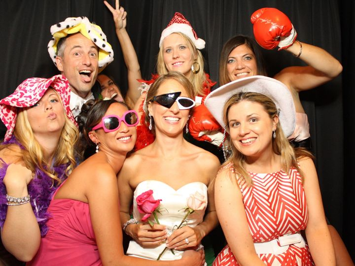 Tmx 1518902483 95f2638626d41770 1518902480 09cc5cee332c2358 1518902480564 2 Rockin Photobooth  Wind Gap, PA wedding rental