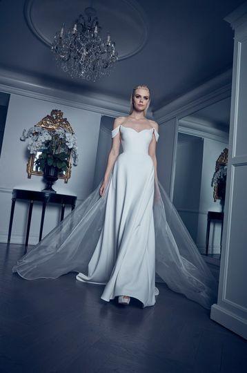Romona Kevež handmade gown
