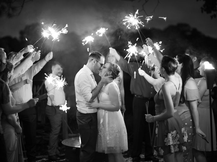 Tmx Dsc 3330 51 1894167 159905824536928 Virginia Beach, VA wedding photography