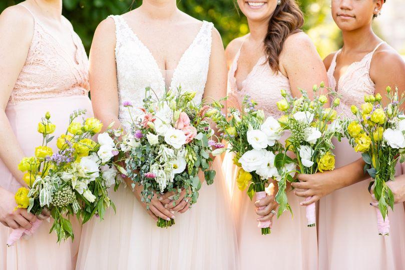 Bouquets aplenty - Emily Hancock Photography