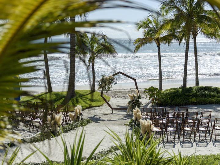 Tmx Nada Marcus 1 Gettingready 10 51 1027167 Puerto Vallarta, Mexico wedding planner