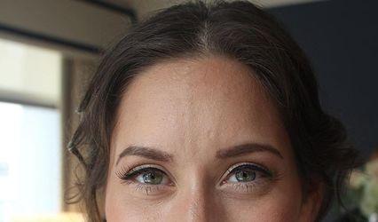 Kacey Glamour Makeup Artistry