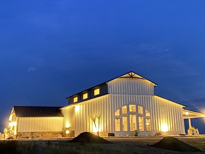 Tmx Img 8518 51 1904267 159605403795227 Lipan, TX wedding venue