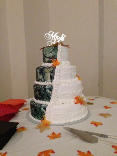 Ligos Specialty Cakes Wedding Cake Mercer PA WeddingWire