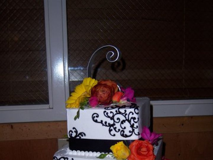 Tmx 1269788822315 Blackscrollandbright Paso Robles wedding cake