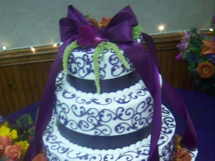 Tmx 1269789319127 Purplescrollwork Paso Robles wedding cake