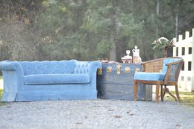 A Bit O' Whimsy Vintage Furniture Rental
