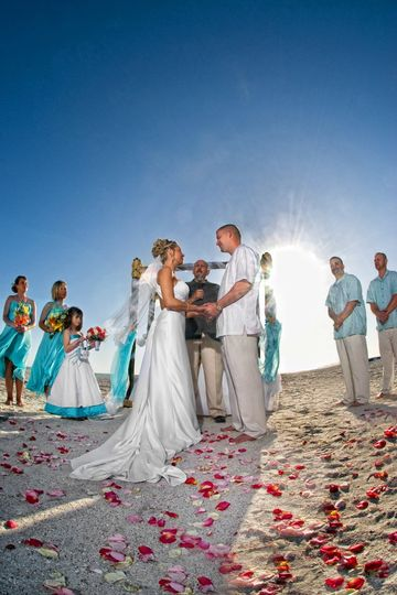 800x800 1359420767801 beachweddingceremony
