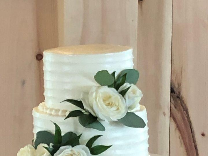 Tmx Bellaire Cake 51 1870367 162411889828752 Auburn Hills, MI wedding florist
