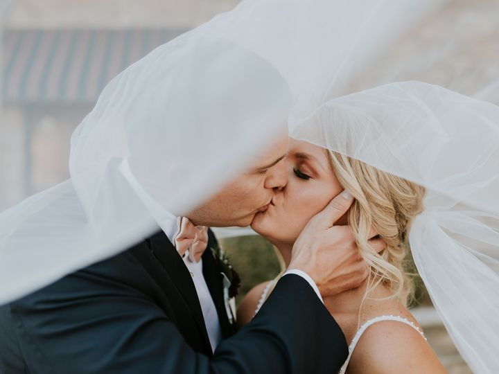 Tmx Mr Mrs Ryan Summer Mercantile Hall Wedding 354 51 1001367 1572524647 Burlington, WI wedding photography
