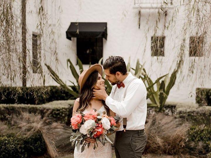 Tmx 87423654 3097001440334491 378414694978813952 O 51 1951367 158825428288157 Orlando, FL wedding florist