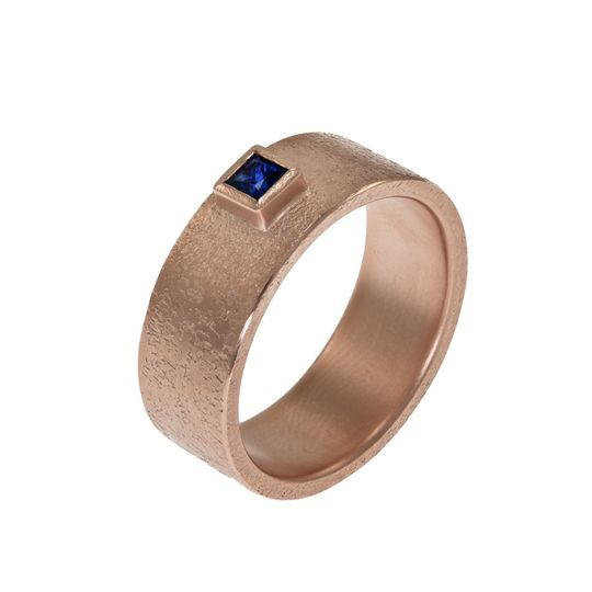 Band with princess cut sapphire