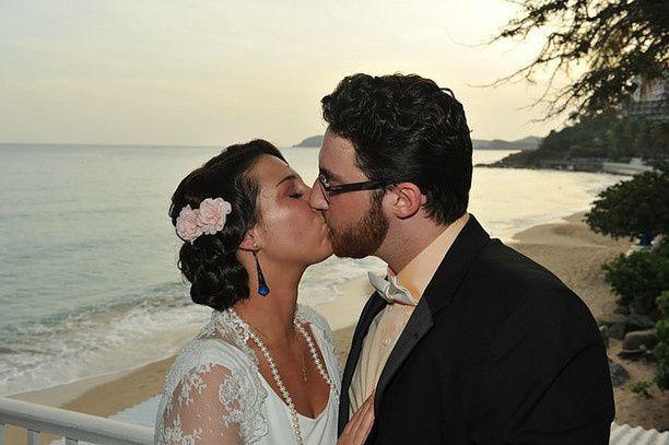 Kissing at the beach
